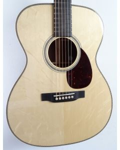 Martin Customshop OOO (Wood selected by dealer)